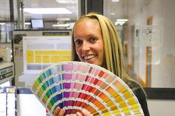 étiquette technologie couleur