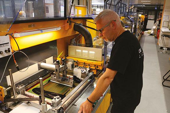 fabrication étiquette précision