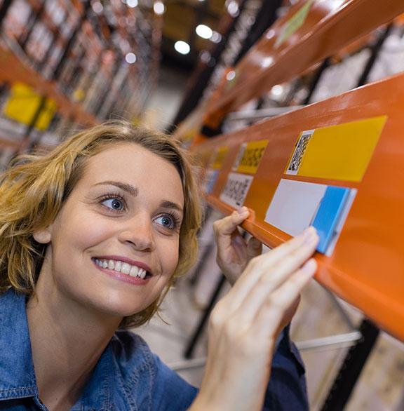 marquage entrepôts bandeaux couleurs
